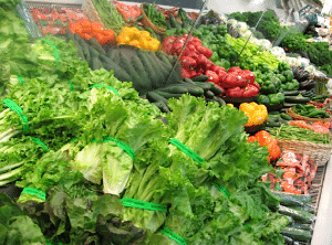 Consuming a lot of raw vegetables daily delivers antioxidants that your body needs to combat free radicals.